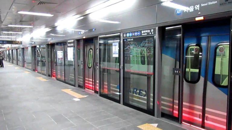 駅のホームドア設置について